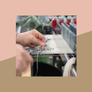 [MANUALITA'] - La nostra storia tessile è anche il presente, ogni giorno rielaboriamo la tradizione reinterpretando il linguaggio creativo del nostro archivio! - Our textile history is also the present, every day we rework tradition by reinterpreting the creative language of our archive! - #texitile #handcraft #handmade #plaid #madeinitaly