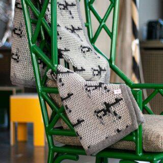 [TRAMA] - La tradizione della tessitura e l'elaborata ricerca grafica, per un prodotto unico e Made in Italy - The tradition of weaving and the elaborate graphic research, for a unique and Made in Italy product - #lanificioleo #famiglialeo #madeinitaly #handmade
